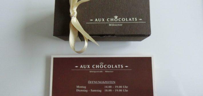 AUX CHOCOLAT